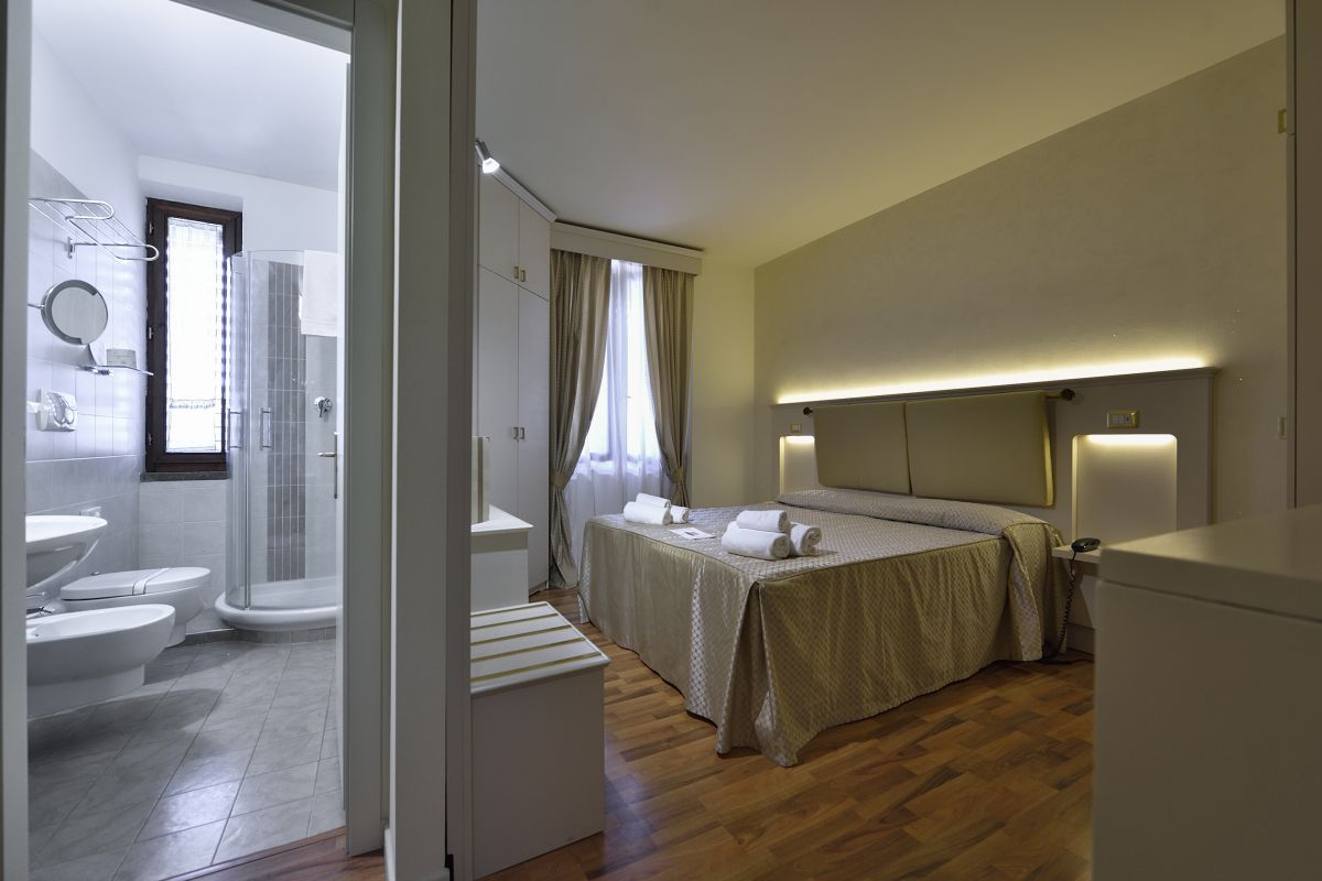 Double Superior Room with extra bed